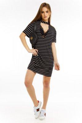 Imagem - T-shirt Dress Listrado com Gola Choker