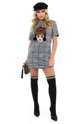 Imagem - T-shirt Dress Xadrez com Aplicação