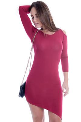 Imagem - Vestido Assimétrico com Recortes