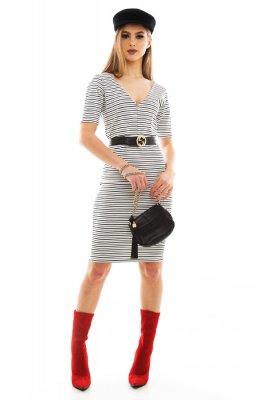 Imagem - Vestido com Decote V Listrado