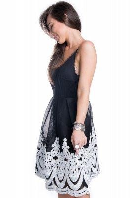 Imagem - Vestido Rodado com Renda Guipir