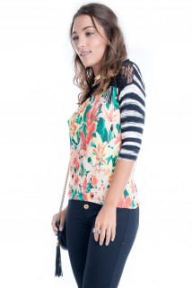 Blusa Floral com Renda 3