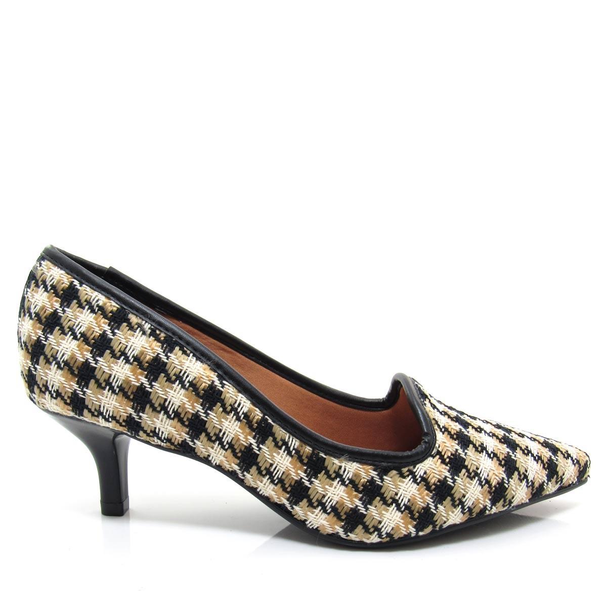 65c325ac3c Sapato Scarpin Slipper Feminino Vizzano Bico fino 1122600 Salto Baixo  Coleção 2018
