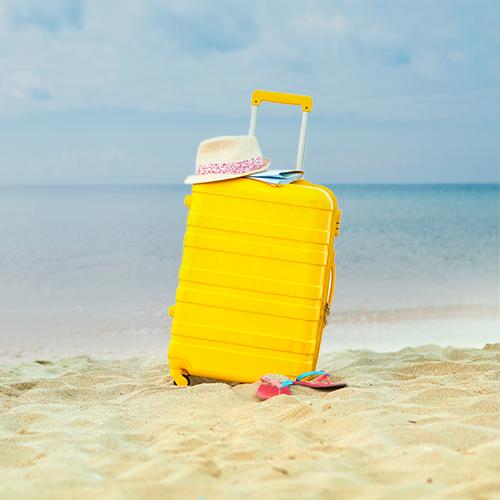 Dicas para montar sua mala de viagem de praia
