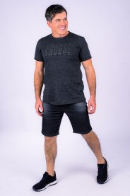 Imagem - Camiseta Masculina Manga Curta Preta