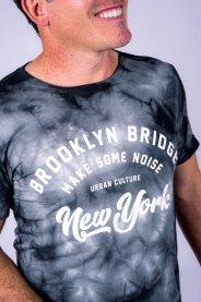 Imagem - Camiseta Masculina Tie Dye Manga Curta Preto/Cinza