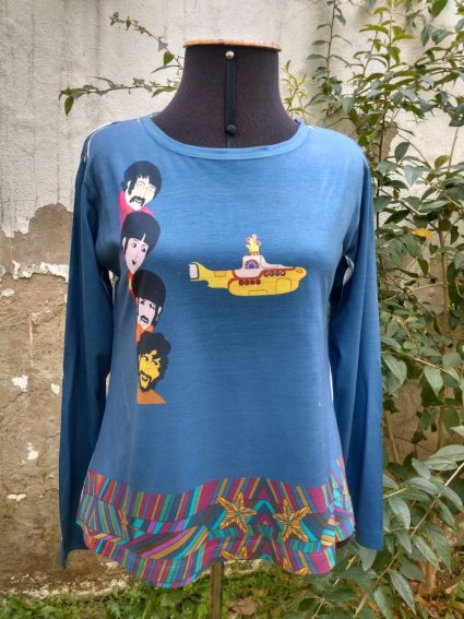 Blusa Beatles Yellow Submarine