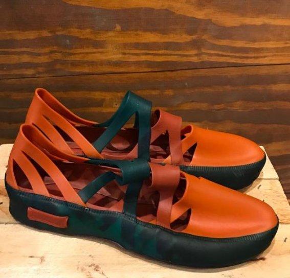 Sapato de Látex Terroso