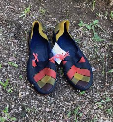 Imagem - Sapato de Látex amarelo e azul