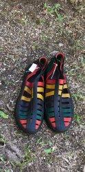 Imagem - Sapato de Látex botinha colorido