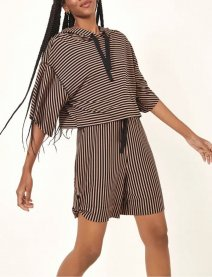 Imagem - Bermuda Moletom Leve Listrado Dress To