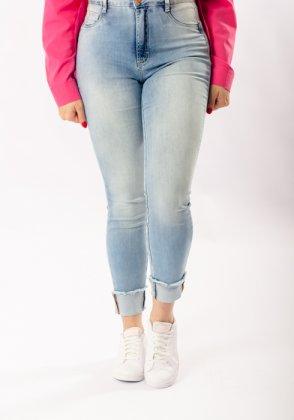 Imagem - Calça Feminina Flor De Lis Jeans Cropped