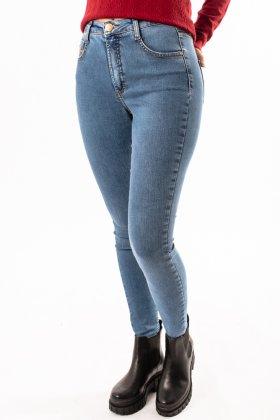 Imagem - Calça Feminina Flor De Lis Jeans Skinny