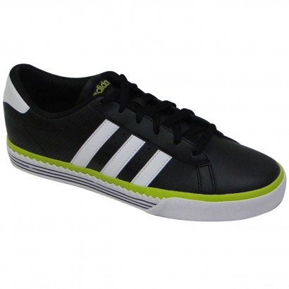 Tênis Adidas Daily Twist