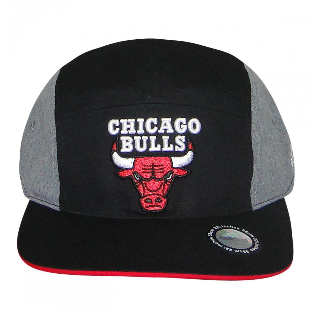 6255c856d1bdb Bone Adidas Chicago Bulls F78125 - Preto Cinza Vermelho - Chuteira Nike