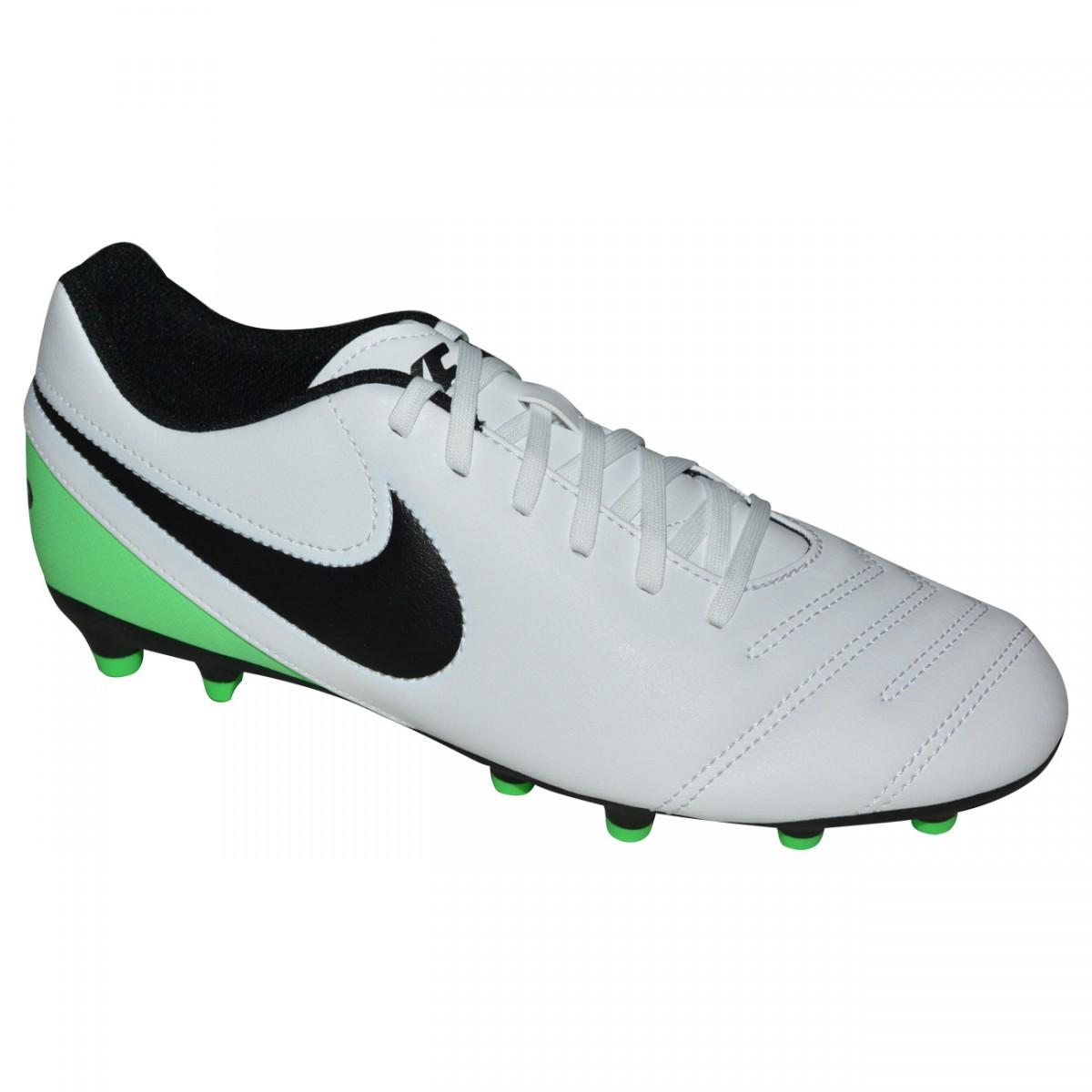 d8526cdd30 Chuteira Nike Tiempo Rio III 819233 103 - Branco Preto Verde - Chuteira Nike