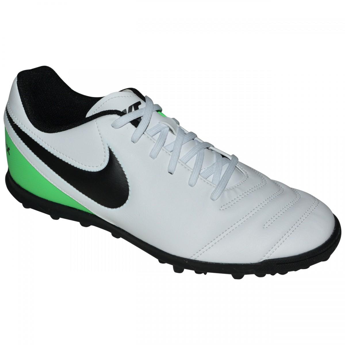 34d23665dc2b2 Chuteira Society Nike Tiempox Rio III 819237 103 - Branco/Preto/Verde -  Chuteira Nike, Adidas. Sandalias Femininas. Sandy Calçados