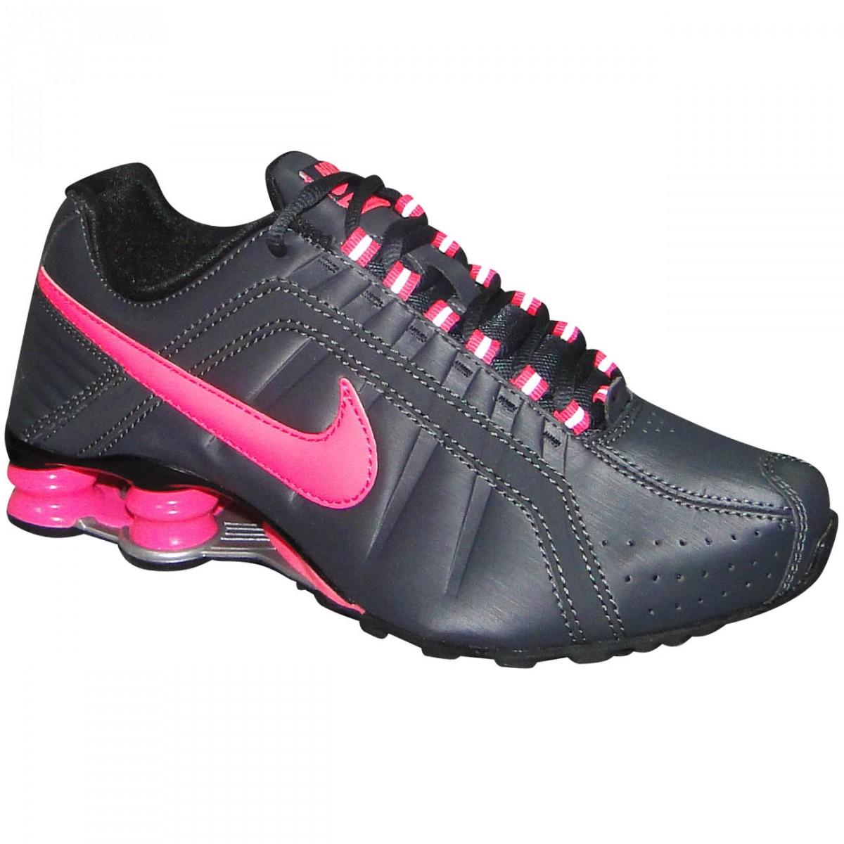 tenis nike shox feminino preto com rosa