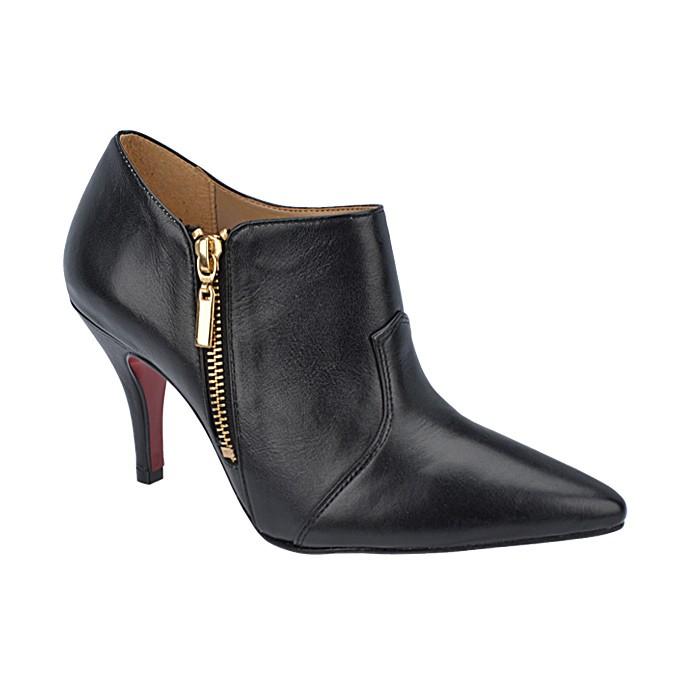 58874a180f Bota Cano Baixo Feminina Milla - 1026 - | Sapato Show