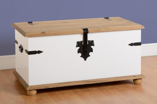 Baú Corona laqueado - Original Seconique* - Madeira e MDF - cor branco e madeira natural