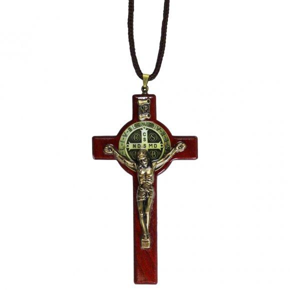 Cordão com Crucifixo de São Bento