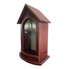 Imagem - Capela de Madeira Vinho com Vidro - 43 cm cód: H030