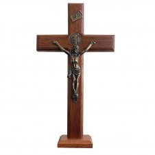Imagem - Ref: CMSB-21-Verniz   Crucifixo de Madeira - Medalha de São Bento - 21 x 13   Cor: Verniz cód: CMSB-21-Verniz