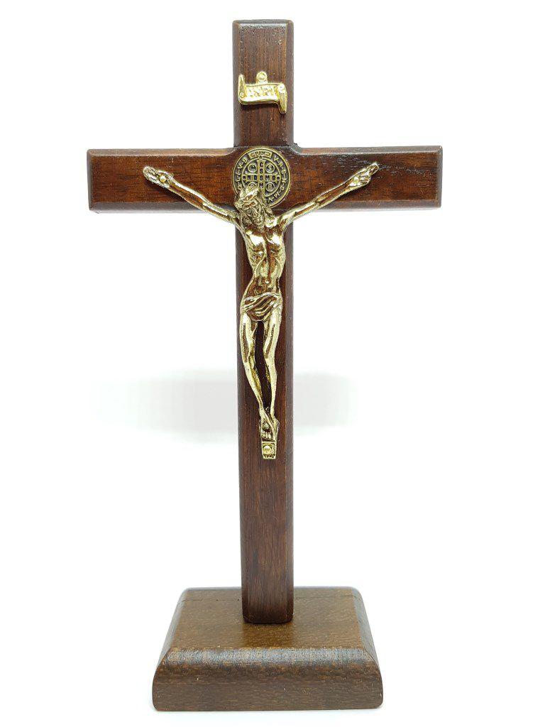 Imagem - Crucifixo de Mesa Natural São Bento Verniz Fosco 18 cm  cód: 2902