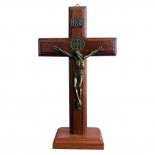 Imagem - Crucifixo De Madeira Jesus Com Medalha De São Bento 21 Cm cód: CRUCFX-21-ME