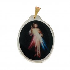Imagem - Ref: MC-01-NSF   Ref: MC-01-JM   Medalha Oval de Cristal para Colar   Cor: Jesus Misericordioso   Cor: Nossa Senhora de  cód: MC-01-JM