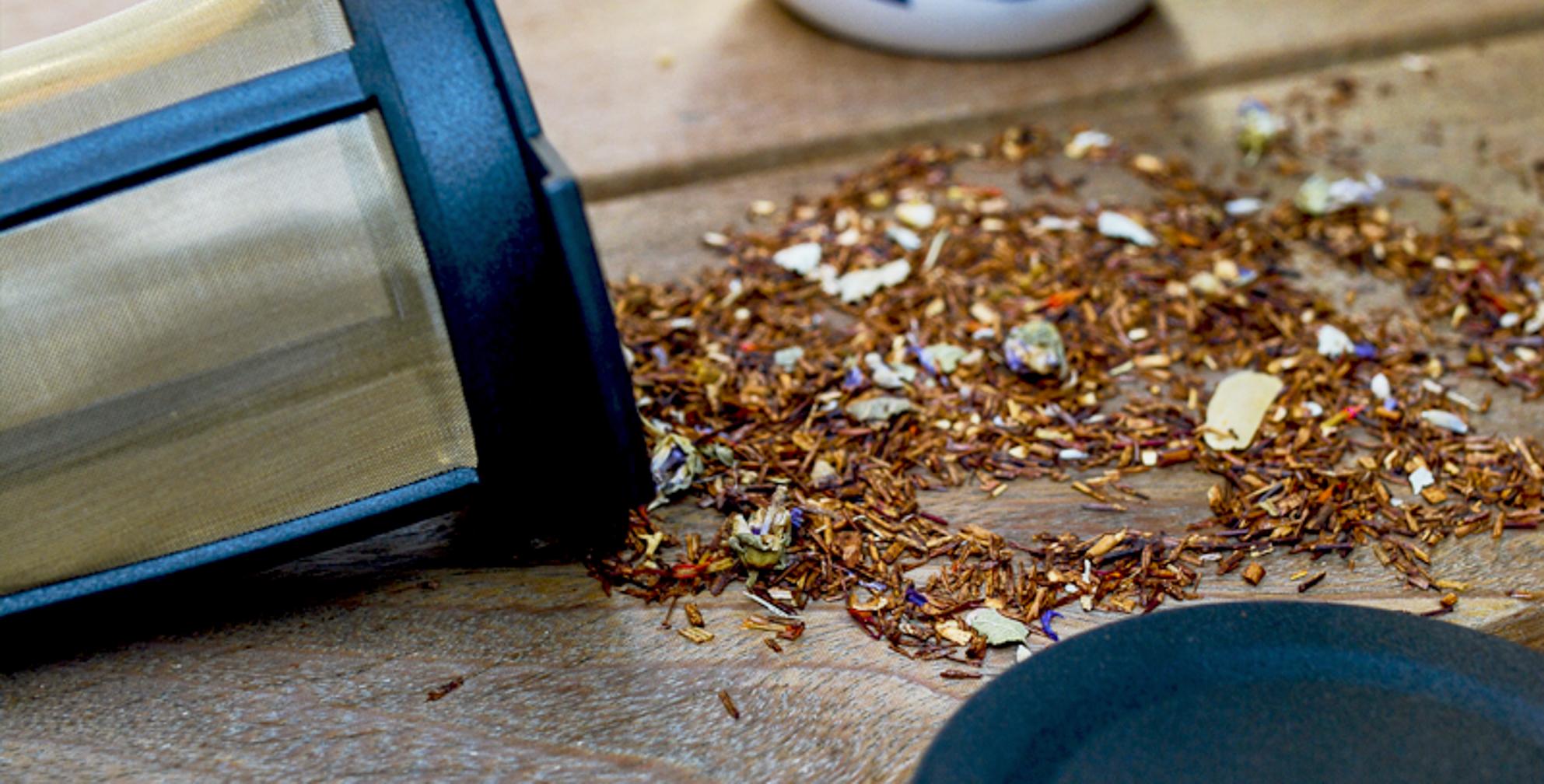 Infusores: os tipos, estilos e métodos de uso de um dos protagonistas da hora do chá