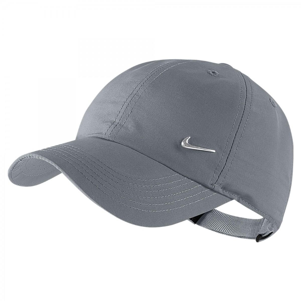 Boné Nike Heritage 86 Metal Swoosh 50874fe8e30