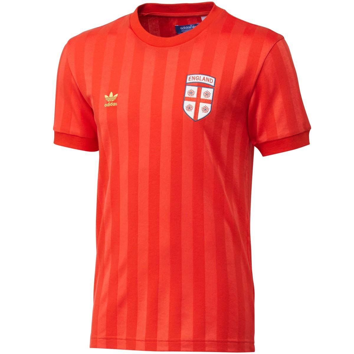 Camiseta Adidas England Retrô - Masculina  33722cbb381aa