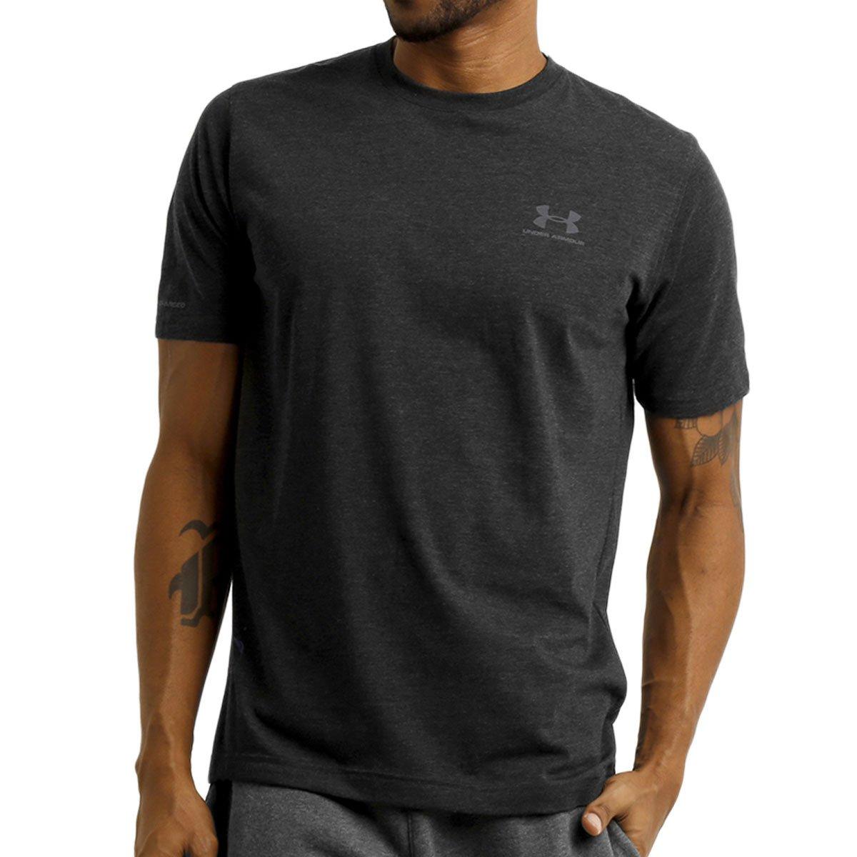 73bee9431b4 Camiseta Under Armour Left Chest Lockup