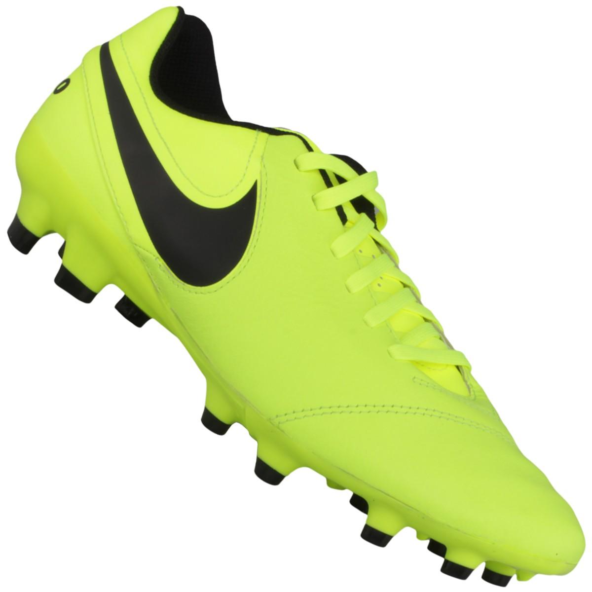 Chuteira Nike Tiempo Genio 2 Leather FG Campo b38e08a76e579