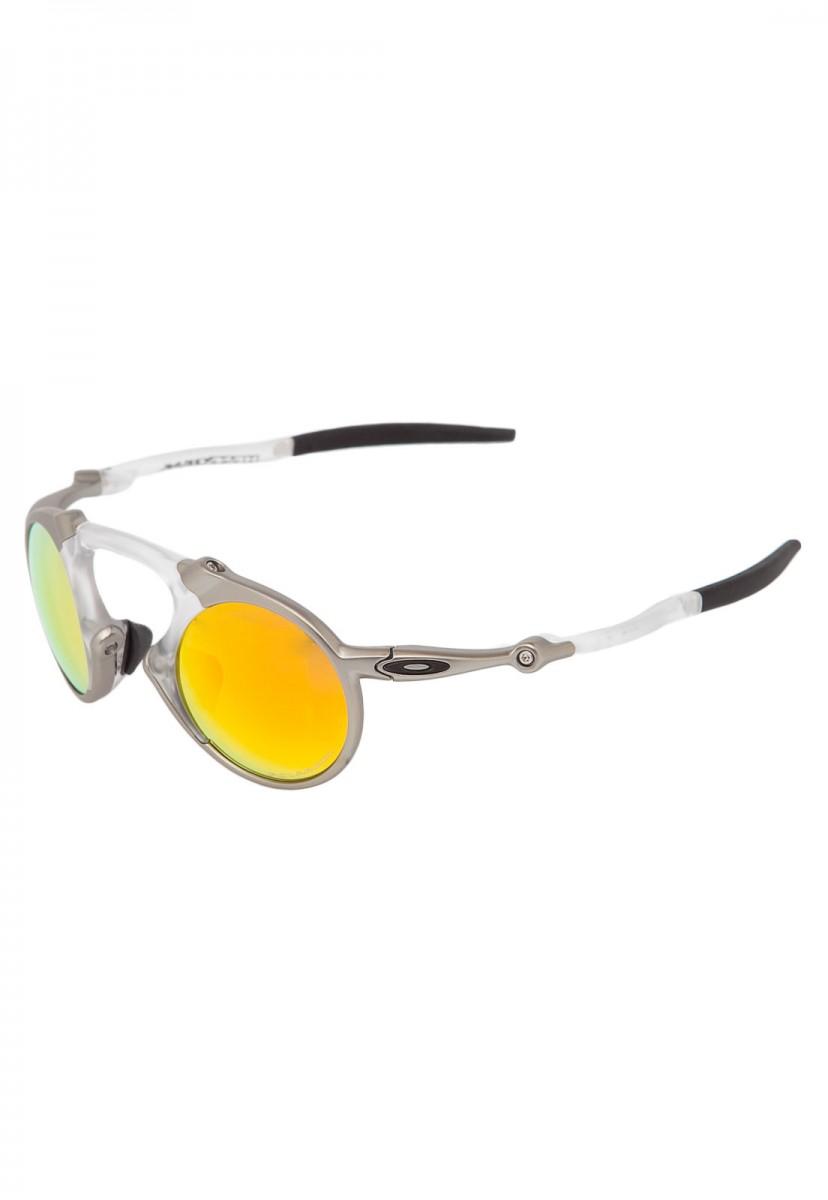Óculos Oakley Madman Plasma 932cd60f42
