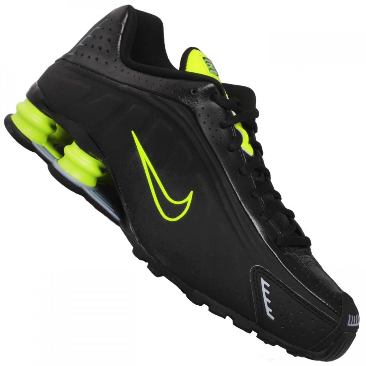 5d98ea835b6 Tênis Nike Shox R4