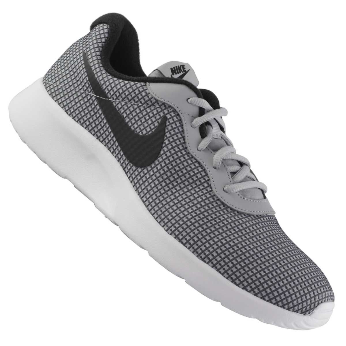 5c309450d1f09 Tênis Nike Tanjun SE