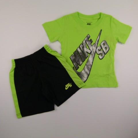 d155660be4 Conjunto Camiseta e Bermuda Ursa Major Black Nike - 029791 Verde ...