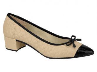 Imagem - Sapato Scarpin Feminino Salto Baixo Moleca 5662.102 - 200000015662.10220001467