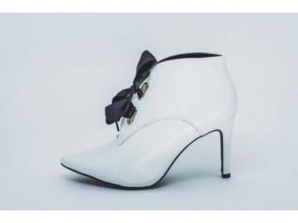 Imagem - Bota Ancle Boots Feminina Sandra 2812 Verniz Show cód: 1000005628122