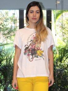 Camiseta Colcci Lírios Tropicais