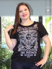 Camiseta Colcci The Infinite