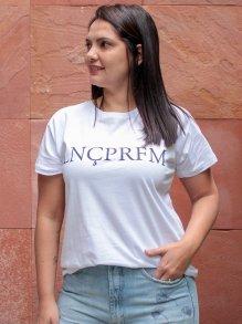 Imagem - T-Shirt Lança Perfume