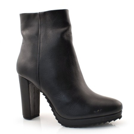 Ankle Boots De Couro Feminino Suzzara