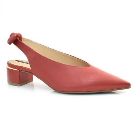 Sapato Chanel De Couro E Salto Baixo Suzzara