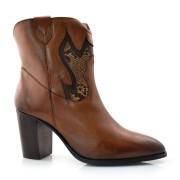 Imagem - Ankle Boots De Couro E Salto Bloco Suzzara cód: 0000051819033