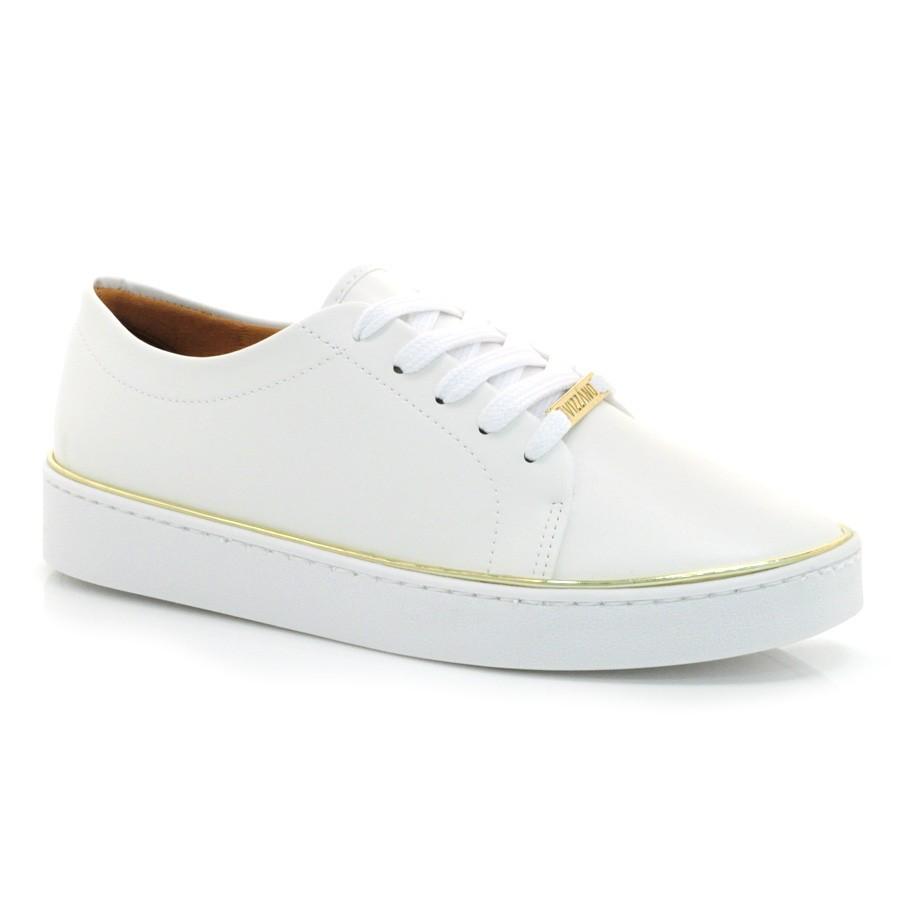 Skechers spor ayakkabı modelleri en uygun fiyatlara Yalı Spor'da. Tüm Skechers ayakkabı modellerini incelemek için hemen buraya tıklayın.