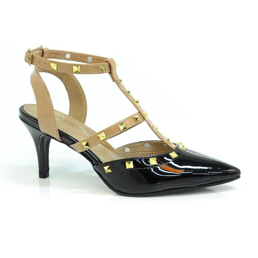 d46f980398 Ampliar imagem. Sapato Chanel De Salto Baixo Cazzualen ...