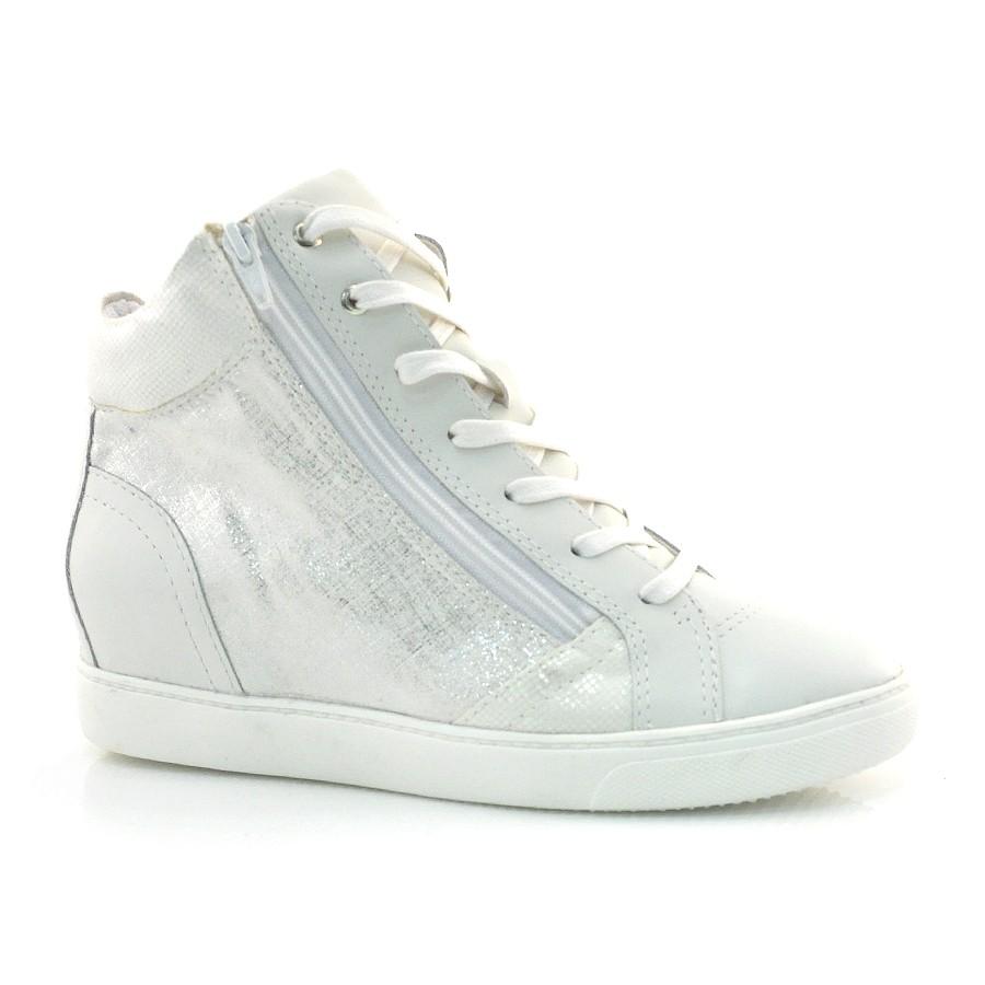 be6f6b42e96 Ampliar imagem. Sneaker Feminino Bottero Preto Ou Branco ...
